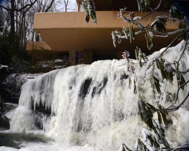 Falling Water ICE 02