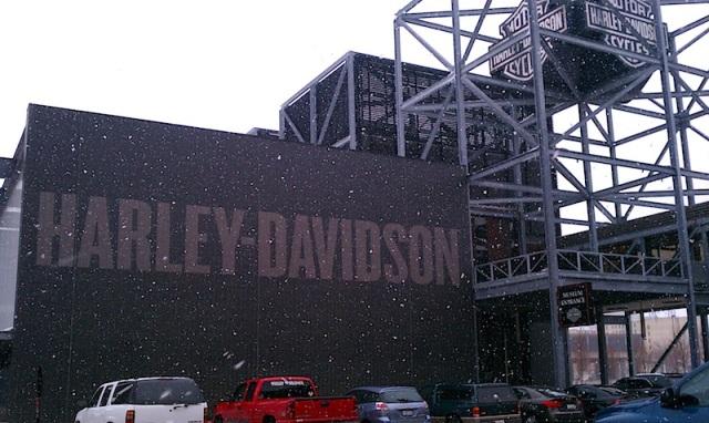 Harley SNOW 02