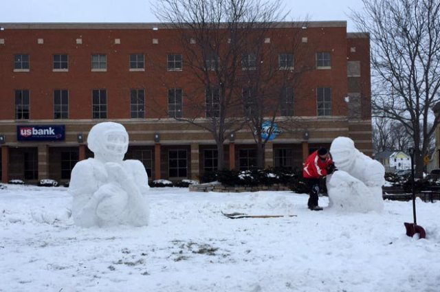 Snow Sculptures Menasha