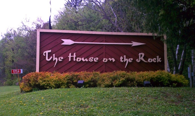House On The Rock Outside