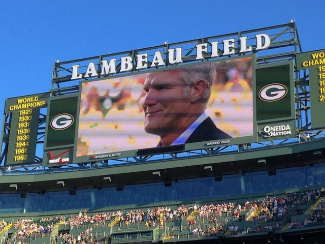 FAVRE On Screen 04