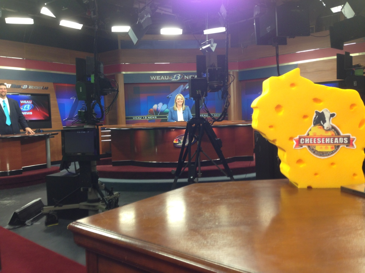 Weau Tv 13 Getting Their Cheesehead On Cheeseheads The Documentary