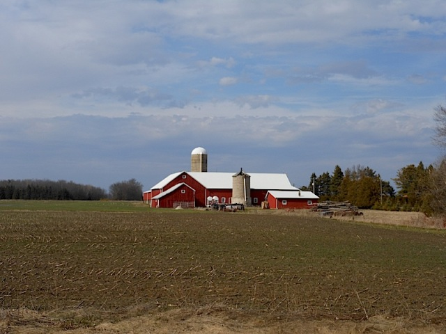 Best Red Barn Ever 01