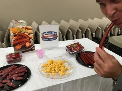 Duston NUESKE'S Snacking