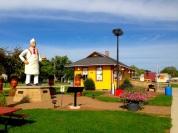 03 Charlie Statue WIDE